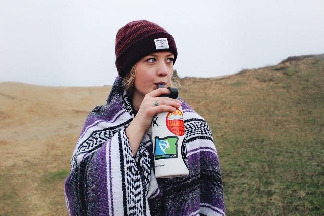 keeping liquid cold